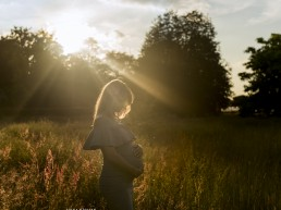 pregnancy photo in sunset